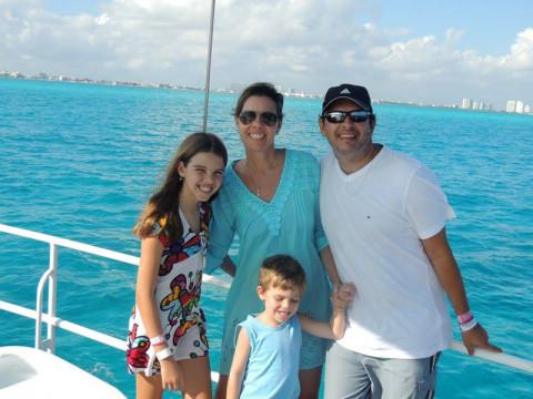 Família Simões e o mar incrível de Cancún