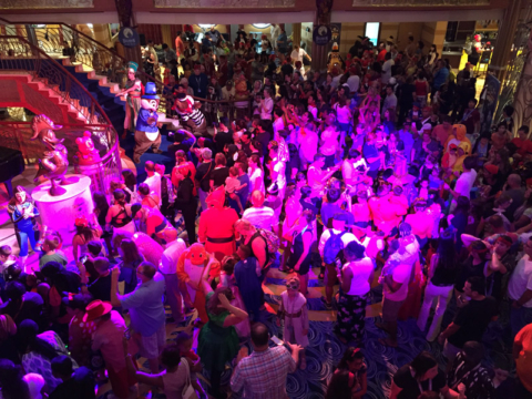 Festa de Halloween no Disney Dream