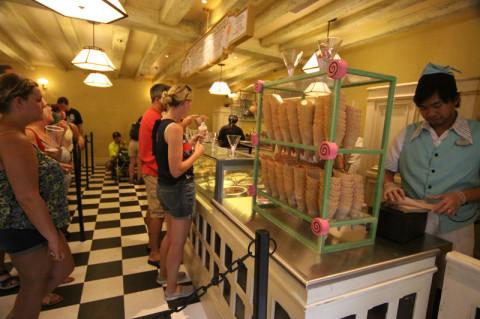 Fila pro sorvete no Florean Fortescue