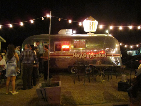 food trucks de austin hey!cupcake