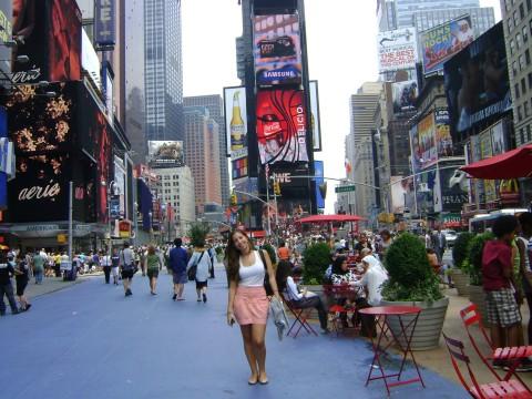 Gabriela em Times Square, Nova York