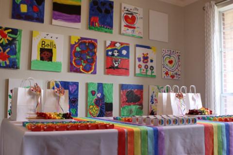 Festa de arte com a galeria pronta