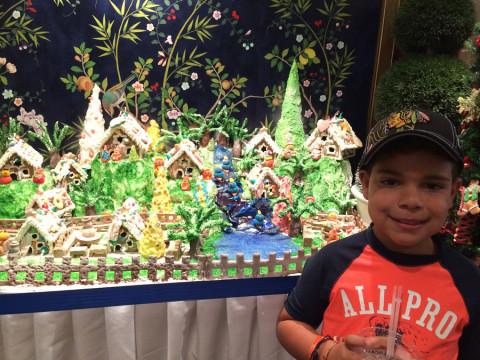Uma cidade de gingerbread na entrada do restaurante (fizemos o cruzeiro um pouco antes do Natal)
