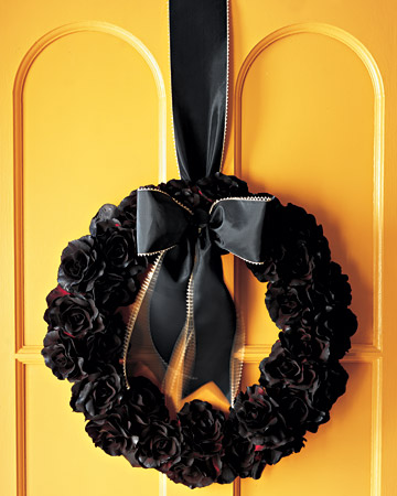 Guirlanda de flores pretas para o Halloween