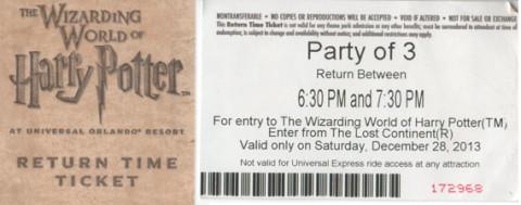 """Pedaço da frente e o verso do meu """"return ticket"""" pra entrar na área do Harry Potter"""