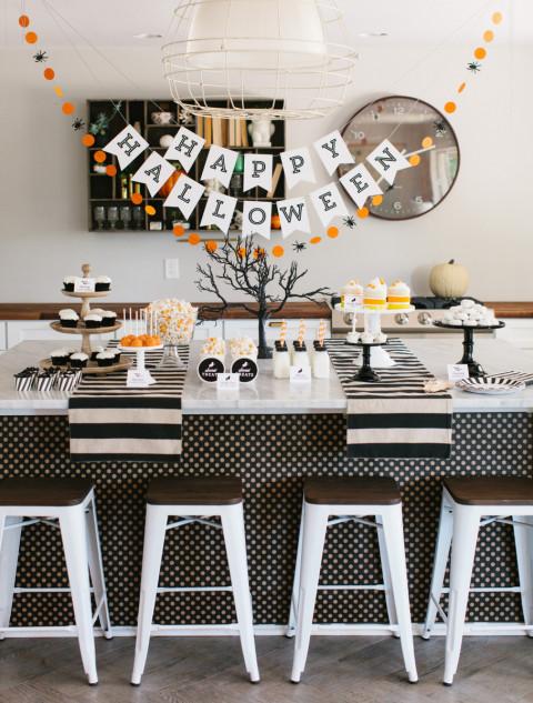 Linda festa de Halloween moderna criada pelo TomKat Studio