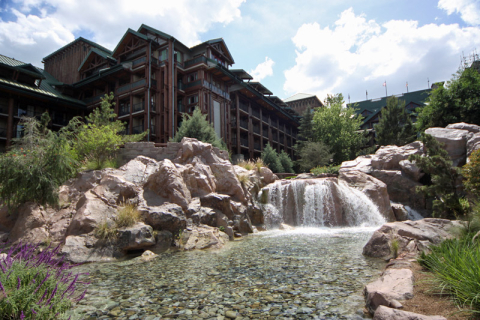 O Disney Wilderness Lodge tem como tema os hotéis dos parques florestais americanos