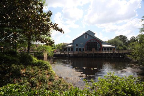 Esse moinho d'água é um dos símbolos do Port Orleans Riverside