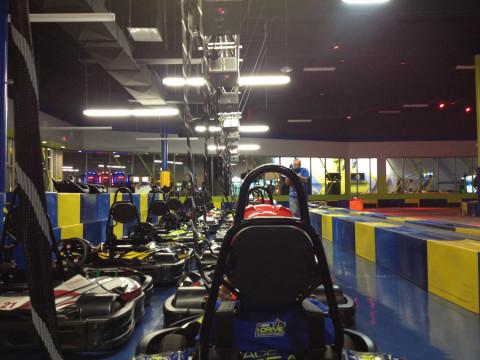 A minha visão esperando a largada da corrida de kart