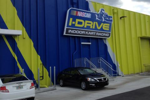 Chegando ao iDrive NASCAR em Orlando