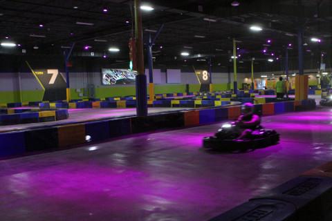 Corrida de kart no iDrive NASCAR em Orlando