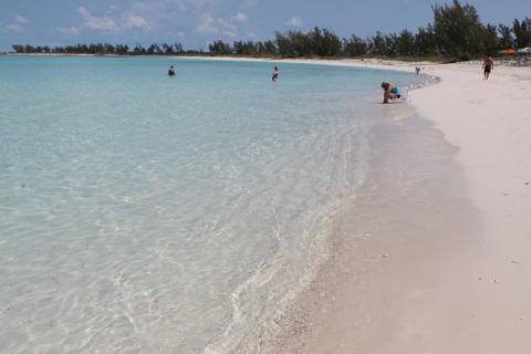 A praia aqui é só pra adultos