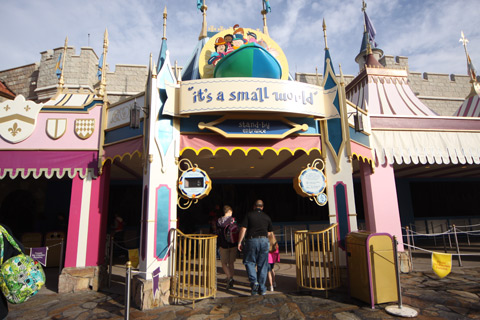 It's a small world, a atração clássica da Disney