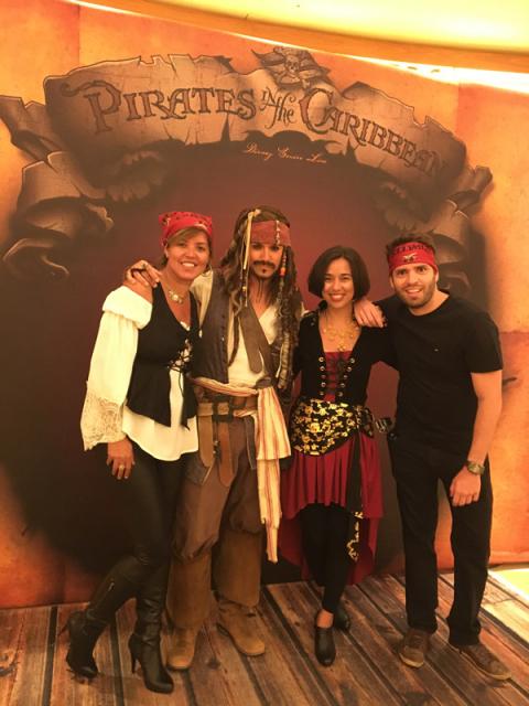 Nós com o Jack Sparrow, ele é uma figuraça
