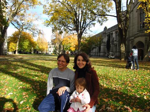 Janaina e família em Princeton, Nova Jersey