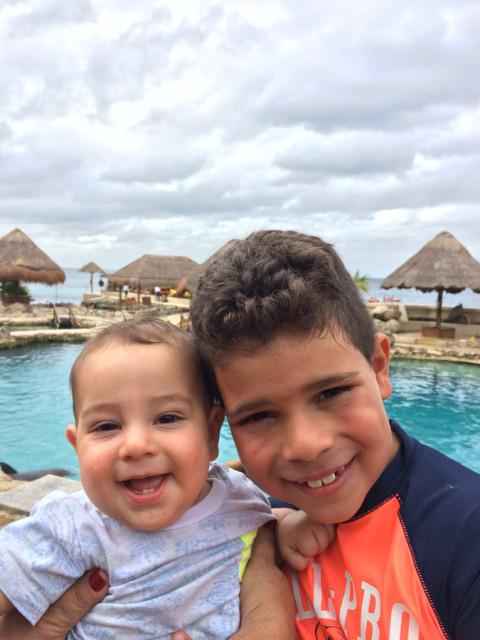 João e Nicholas em Cozumel