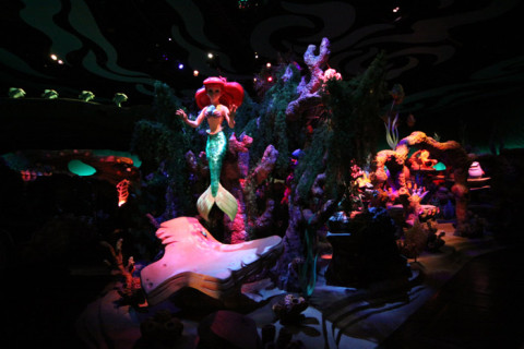 Dentro do Under the Sea - Journey of the Little Mermaid