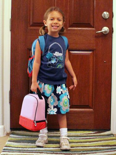 Primeiro dia da Julia no Kindergarten da escola pública americana