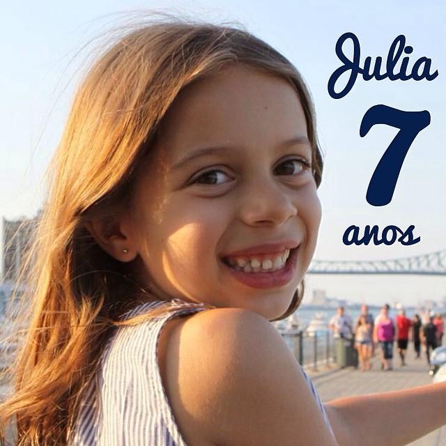 Julia faz 7 anos