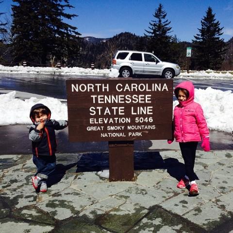 Julia e Eric em Newfound Gap, divisa entre Tennessee e Carolina do Norte