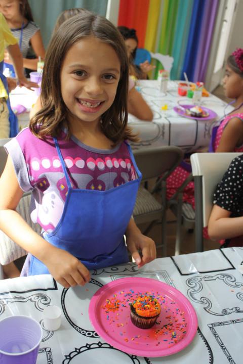 Julia e seu cupcake