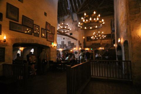 Interior do Leaky Cauldron