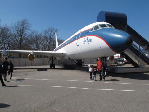 Lisa Marie, o avião que Elvis usava pra viajar nas turnês
