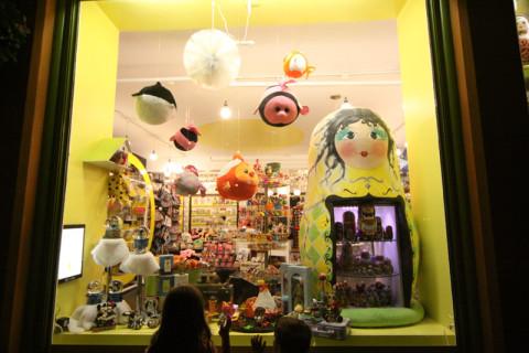 As crianças amaram essa loja no Petit Champlain, pena (ou sorte a nossa) que estava fechada!