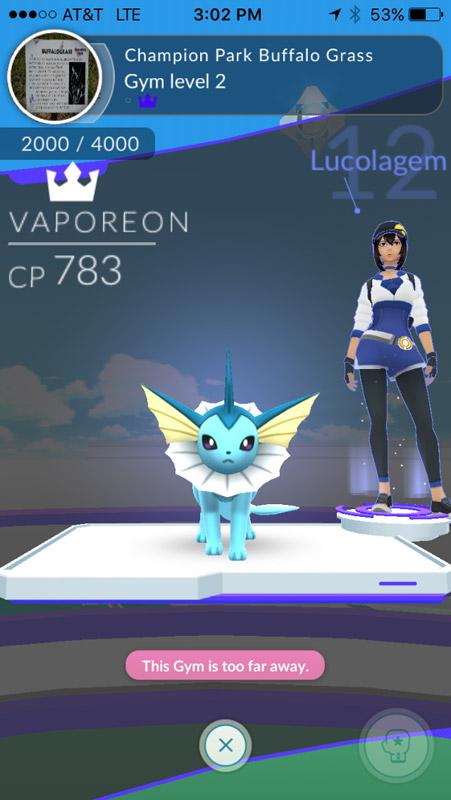 Minha avatar e um dos meus pokémons em uma Gym