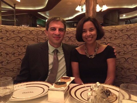 Comemorando nosso aniversário de casamento com um jantar espetacular no Remy