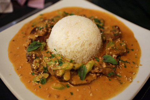 Massaman Nuea, curry tailandês com filet mignon