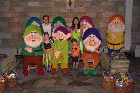 Nós e os 7 anões,  fofos. Foto: Memory Maker