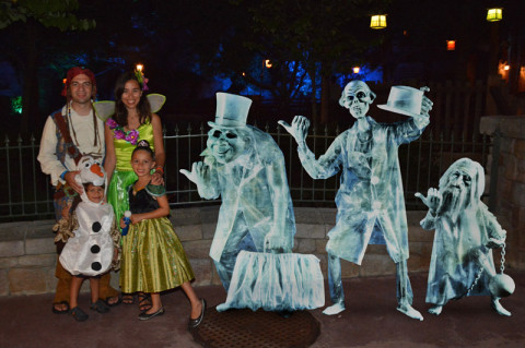 Nós e os fantasmas na festa de Halloween do Magic Kingdom