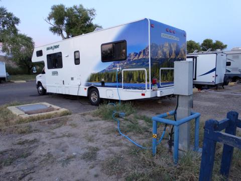 O nosso motorhome conectado no camping