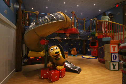 O quarto do Andy do filme Toy Story, no Oceaneer Club