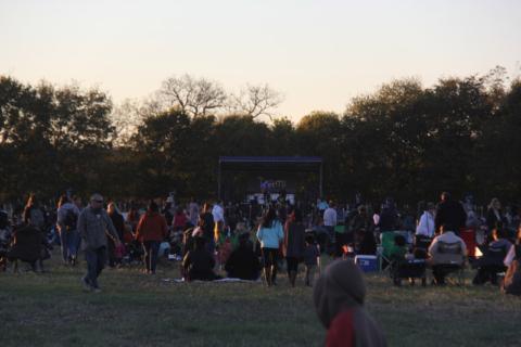 O palco do festival, quando chegamos tinha uma banda tocando