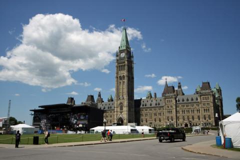 O Parlamento Canadense, lembrou de Londres?