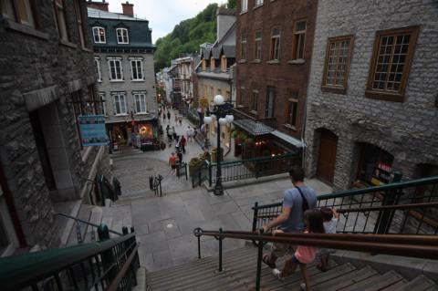 Chegando em Petit Champlain, a área mais bonitinha de Québec City