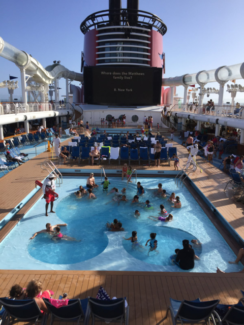 Piscina infantil do Mickey no Disney Fantasy