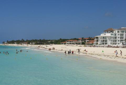 Playa Del Carmen: a praia a 1 quadra do nosso apartamento
