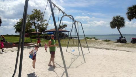 Playground em um dos muitos parques de Tampa