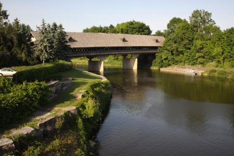 A ponte coberta, Zehnder Holz Brucke