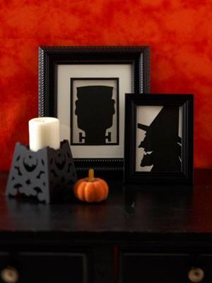 Porta retratos com silhuetas sinistras para o Halloween