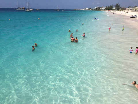 Praia em Barbados, incrível! Carlisle Bay, o mar mais bonito da viagem