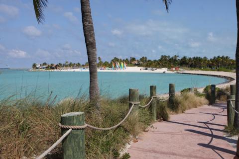 Primeira praia de Castaway é a praia dos esportes aquáticos