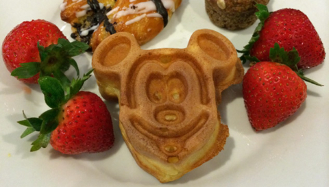 Quem quer tomar café com o Mickey?