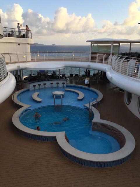 Quiet Cove, piscina somente para adultos no Disney Fantasy