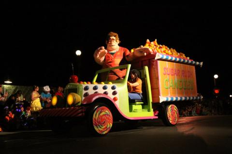O Ralph veio trazendo um caminhão de doces