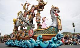 Roteiro no Magic Kingdom com crianças pequenas e sem restrição de altura