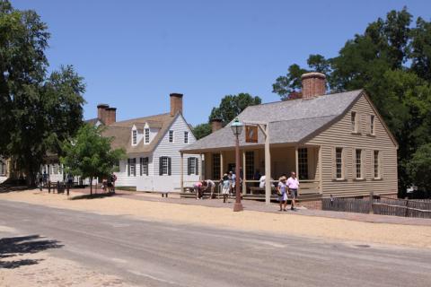 Uma das ruas de Colonial Williamsburg